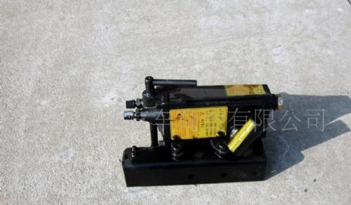 山东一汽解放汽车配件新大威D604液压系统高清图片