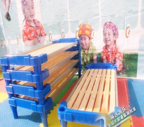 求购浙江幼儿园专用 .幼儿塑料木板床