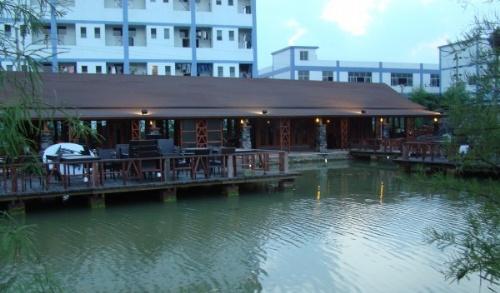 求购广东木屋酒店餐厅