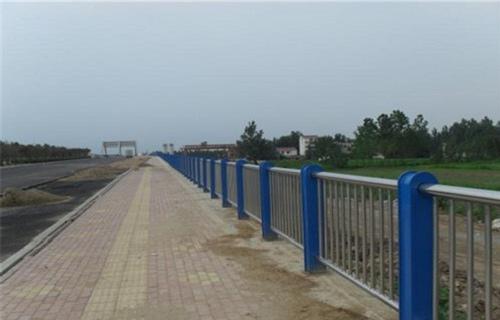 天津河道不锈钢复合管护栏质量可靠