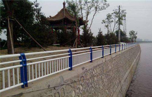 宣城不锈钢碳素钢复合管桥梁护栏-值得信赖