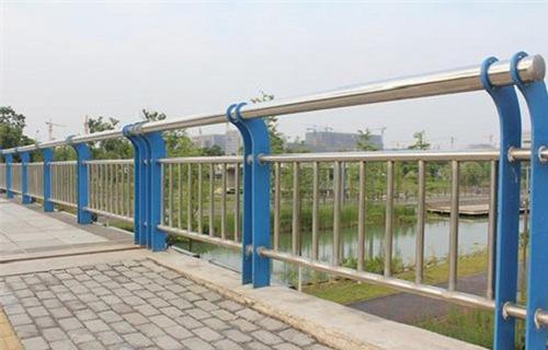 新乡不锈钢复合管多少钱一米