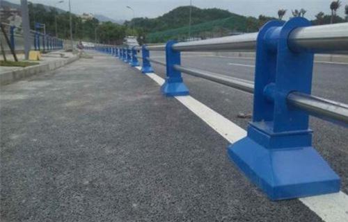 苏州不锈钢复合管桥梁立柱高清大图片