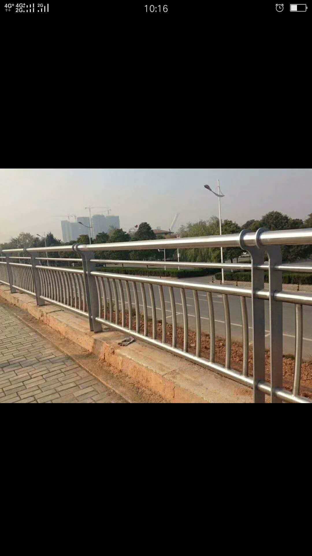 威海复合不锈钢管护栏厂家介绍