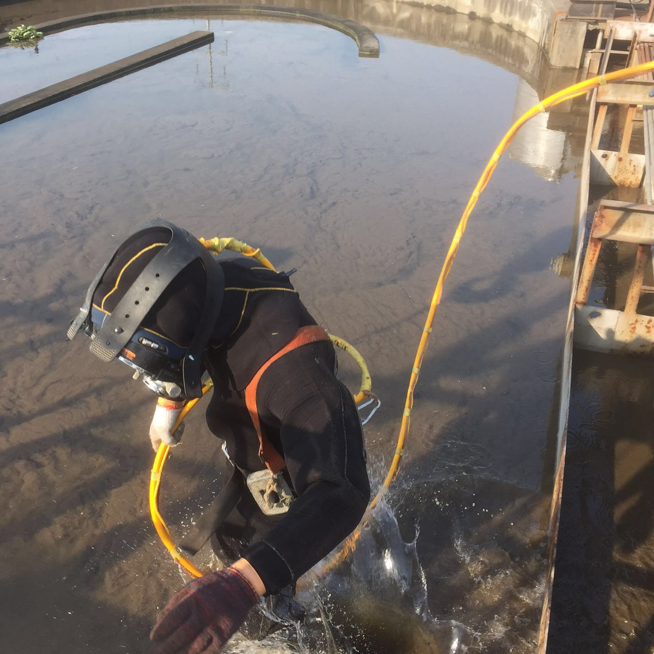 丽水水下切割多少钱一次?