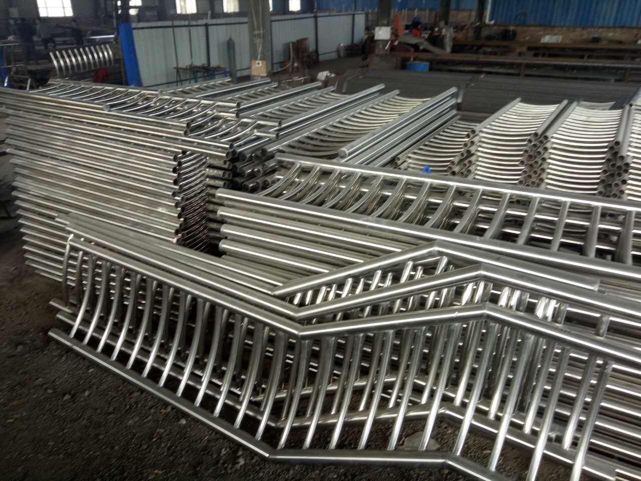 大庆不锈钢碳素钢复合管厂家现货