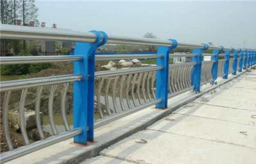 兰州不锈钢复合管栏杆扶手多少钱